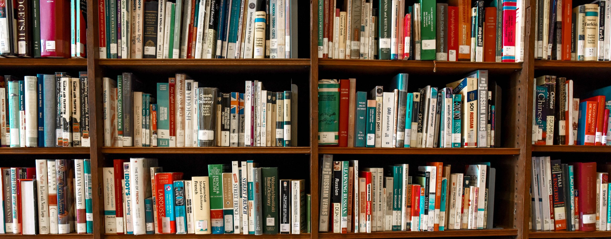 Książki o marketingu dla początkujących – te 10 publikacji musisz znać. Artykuł gościnny